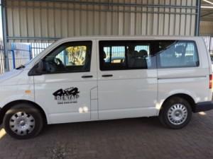 4x4 Rental - Volkswagen Kombi white 2.2L